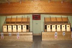 Fertig vorbereiteter Pistolenstand